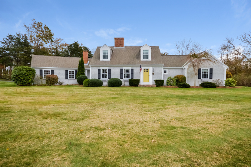 2 Bleak House Circle Dennis Ma 02638 Sold Listing Mls